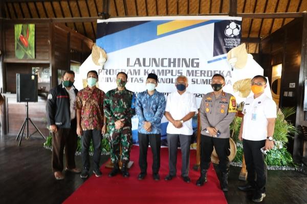 Launching Program Kampus Merdeka Universitas Teknologi Sumbawa (UTS)