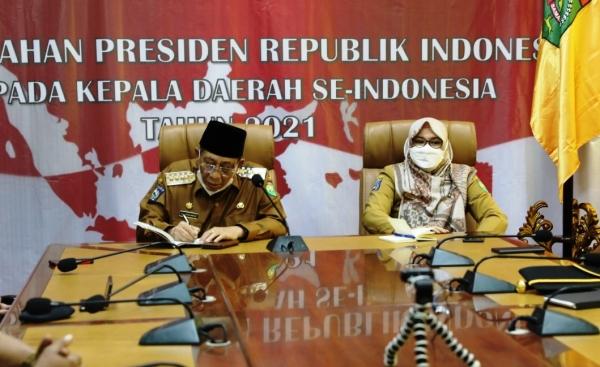 Bupati Sumbawa Ikuti Pengarahan Presiden Republik Indonesia Kepada Seluruh Kepala Daerah Se-Indonesia