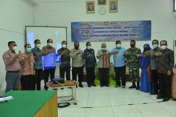 Pertemuan Koordinasi Lintas Sektot-Lintas Program Di Komunitas Populasi Khusus Menuju Kabupaten Sumbawa Bebas Malaria Tahun 2004
